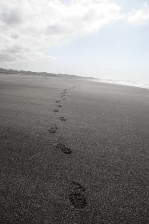 footprints-4