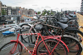 amsterdam bikes2