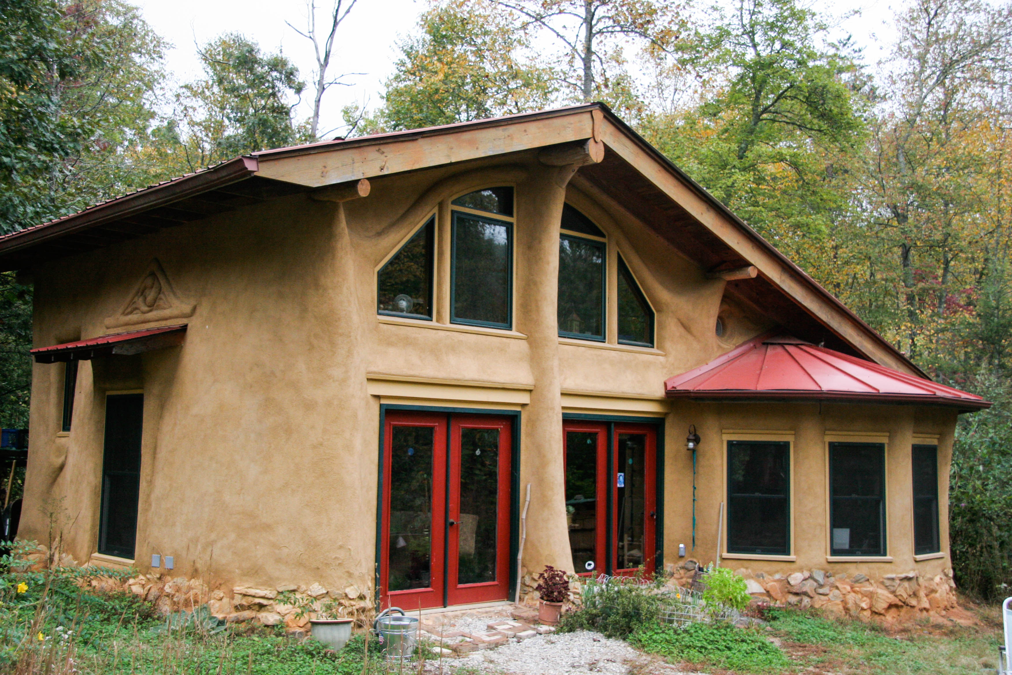 Earthen homes of appalachia gather and grow for Home built house